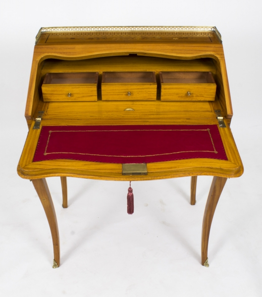 An antique satinwood marquetry bureau de dame desirable desks - Decoration de bureau ...