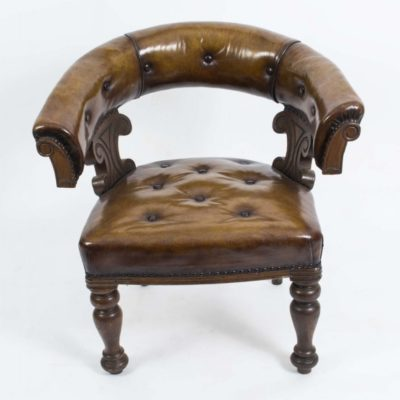 Victorian Antique Tub Desk Chair in Walnut c.1860