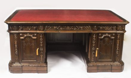 US Presidents Resolute Partners Desk 20th Century